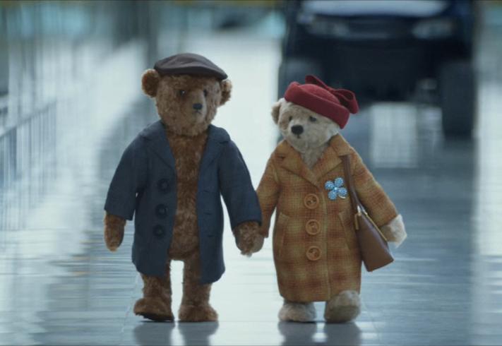 Mr and Mrs Bear Heathrow Christmas advert 2016